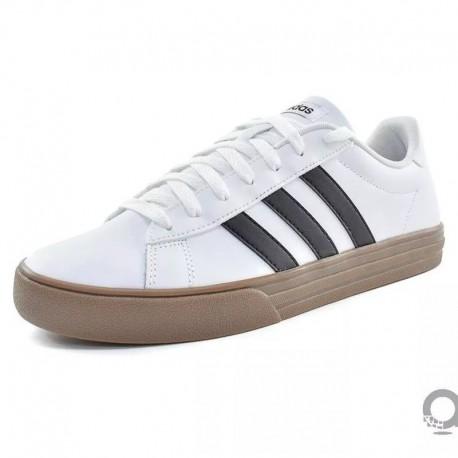 Tenis adidas Daily 2.0 Blanco  Hombre
